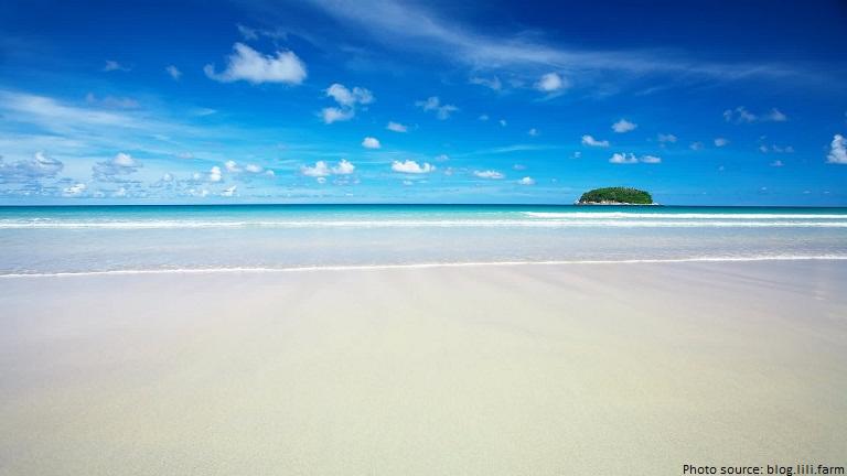 bali white sand beach