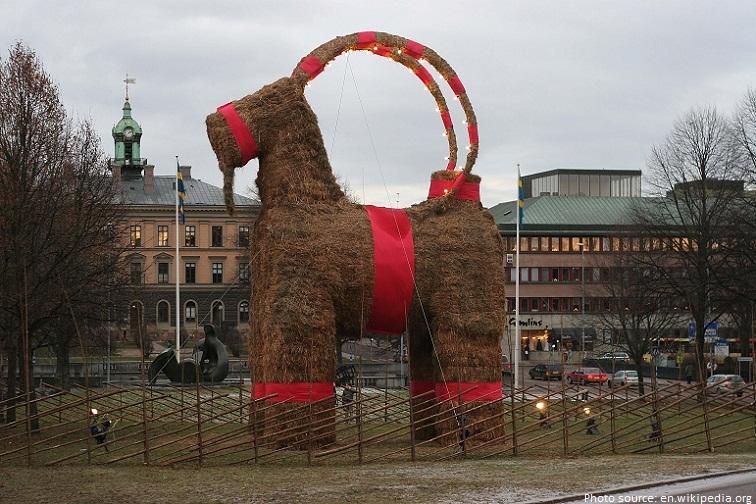 gavle_christmas_goat