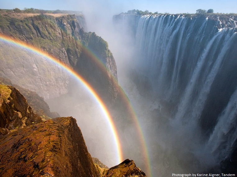 rainbow victoria falls