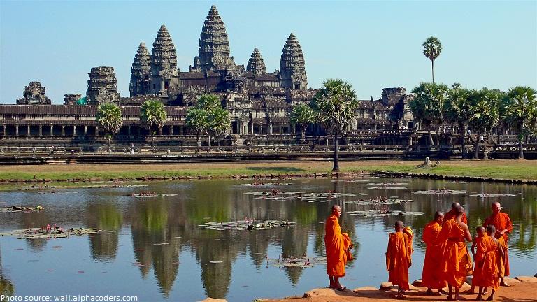 temple angkor wat monks