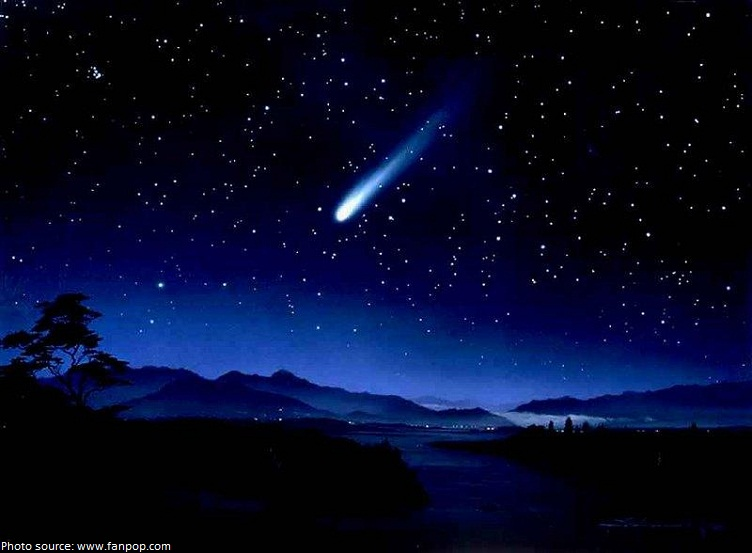 comet from earth