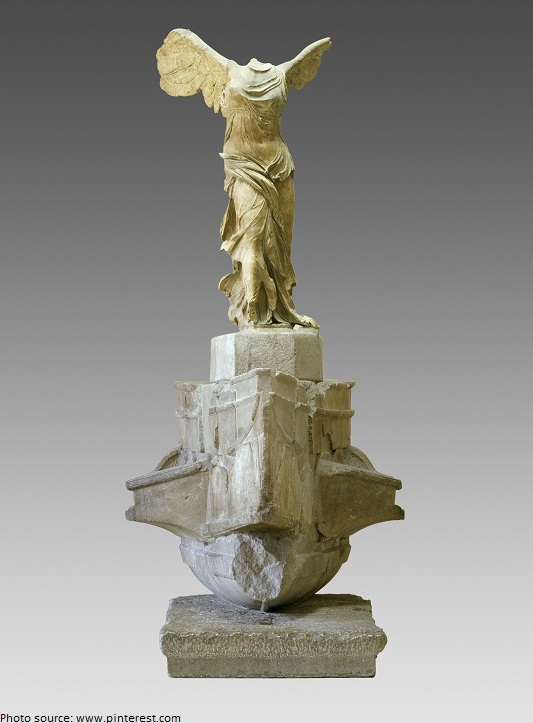 winged-victory-of-samothrace-2