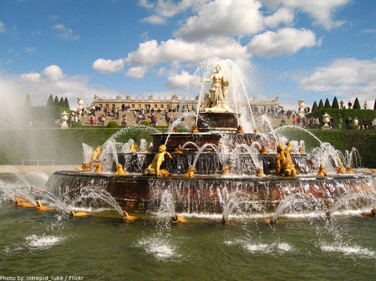 palace of versailles fountain