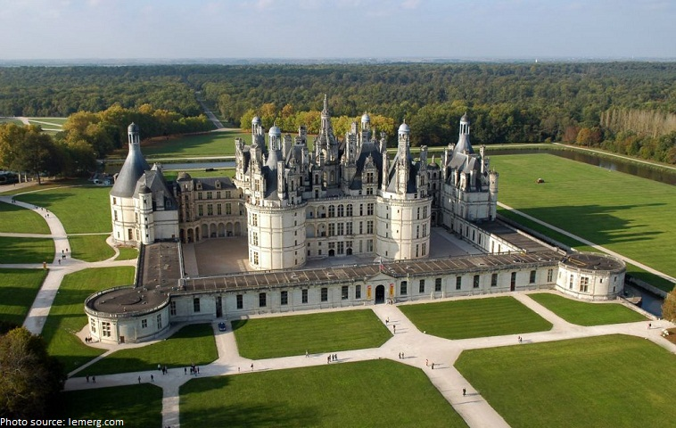 Interesting facts about chateau de chambord just fun facts - Castillo de chambord ...