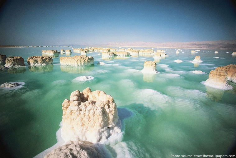 The Dead Sea area has become a major center for psoriasis treatment and research for several reasons 1