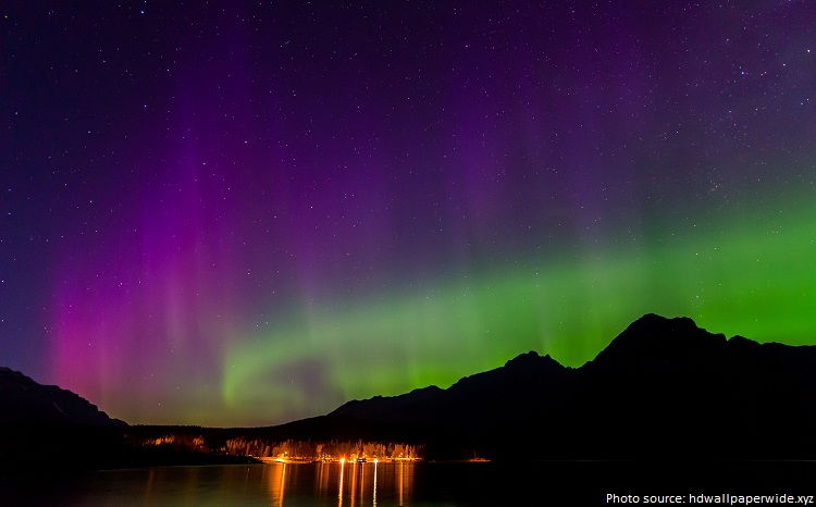 banff national park aurora borealis