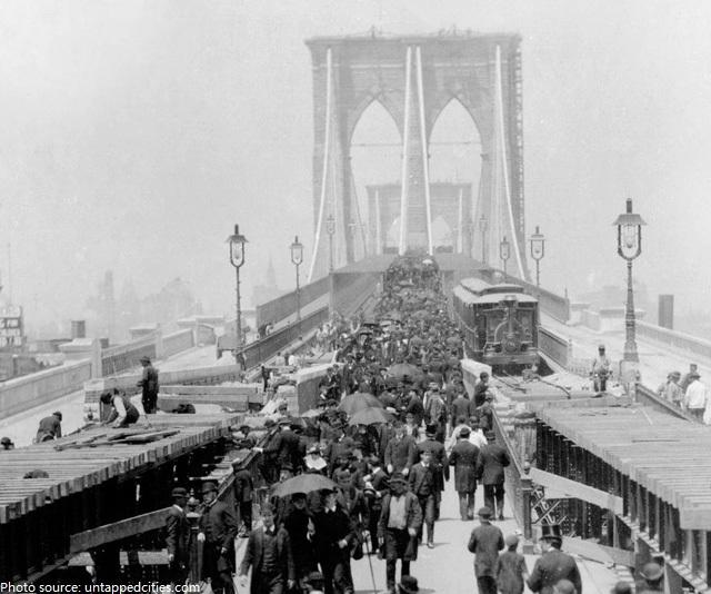 brooklyn bridge opening 1883