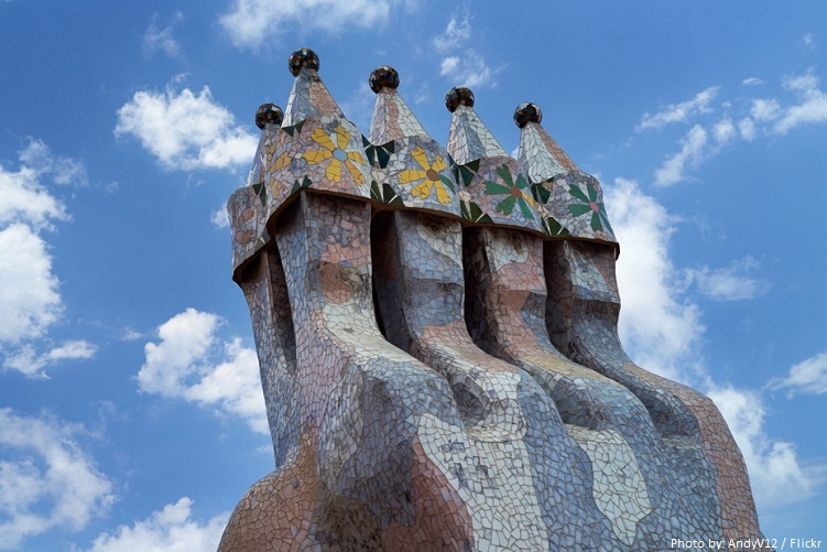 casa batllo chimney