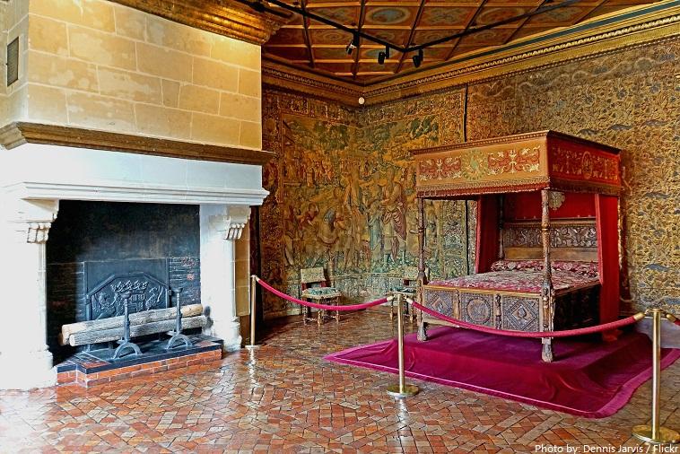 chateau de chenonceau catherine de médicis bedroom