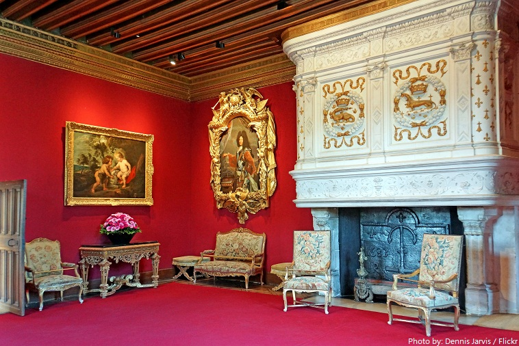 chateau de chenonceau louis XIV living room