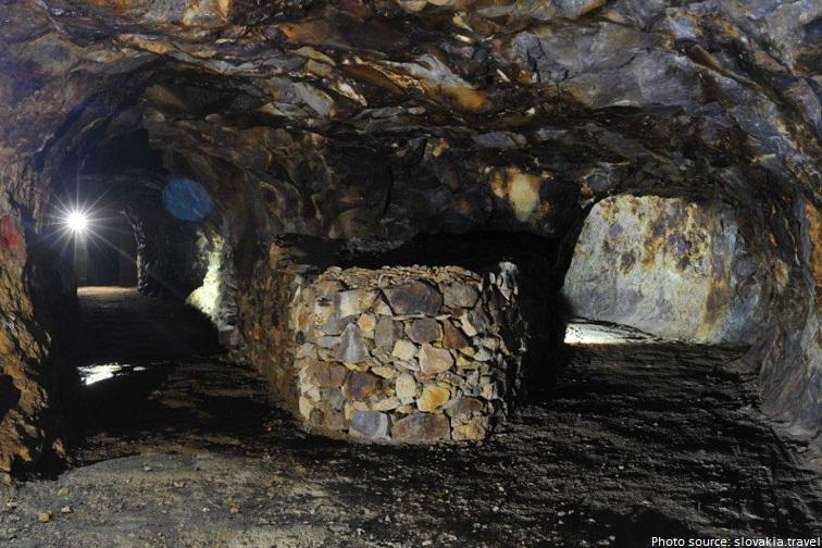 slovakia opal mines