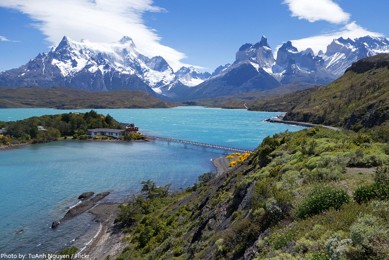 torres del paine national park lake