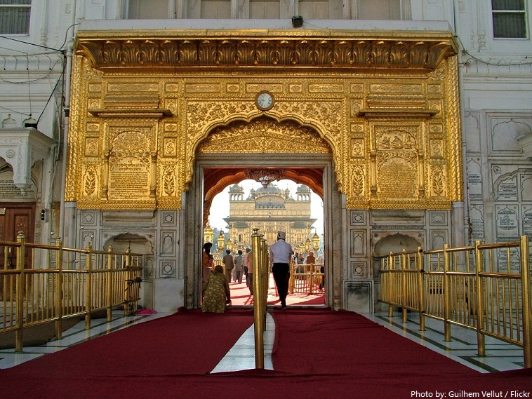entrance to golden temple