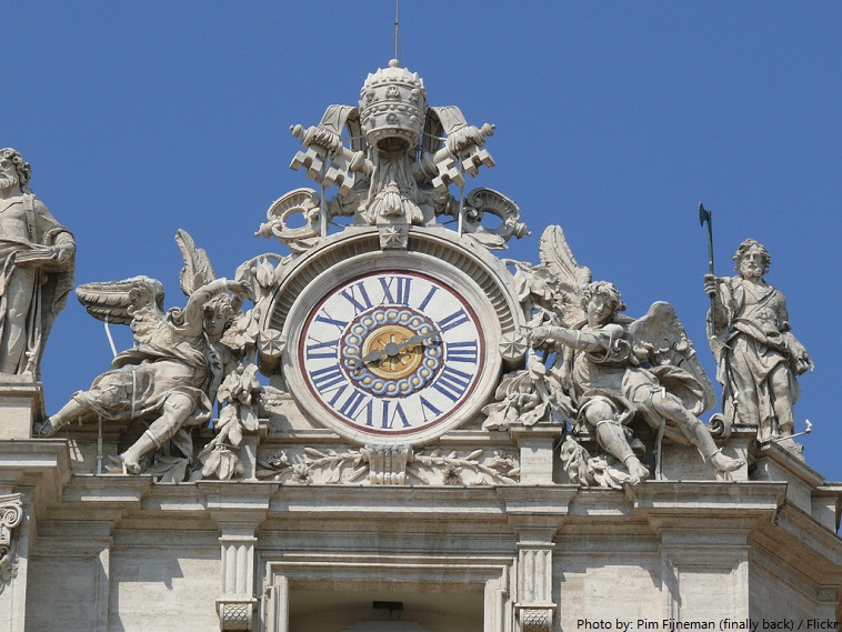 st. peter's basilica clock