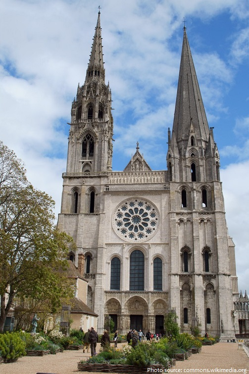 chartres-cathedral-2