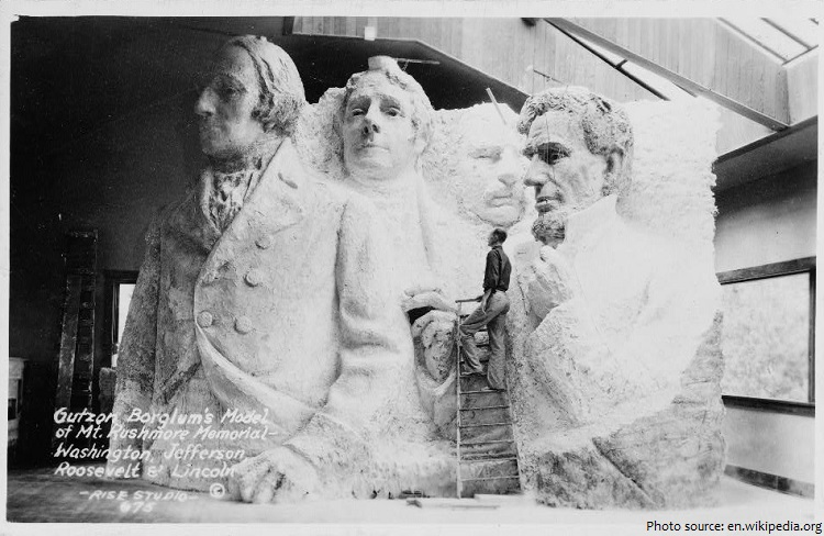 model of mount rushmore memorial