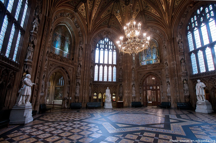 palace of westminster central lobby
