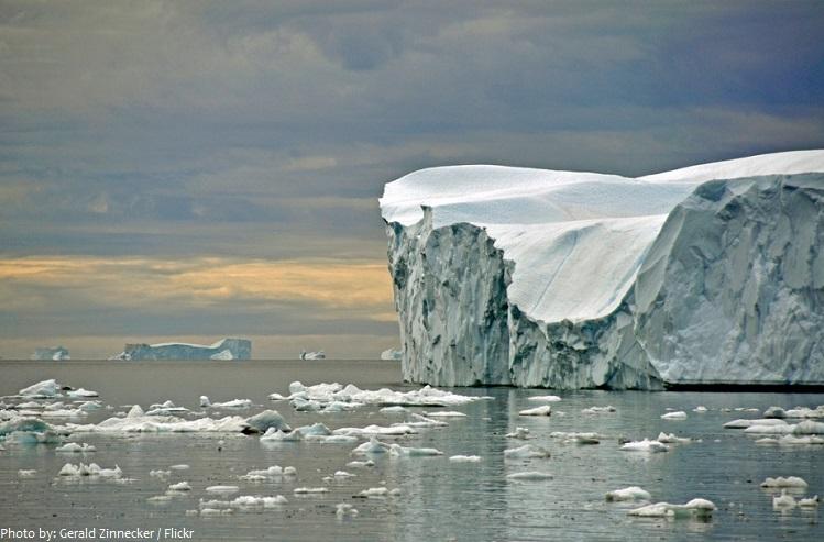 arctic ocean icebergs