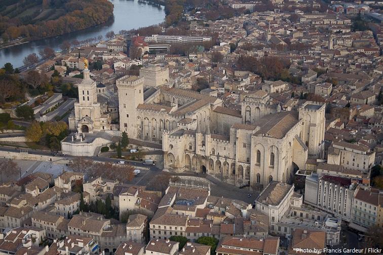 palais-des-papes-3