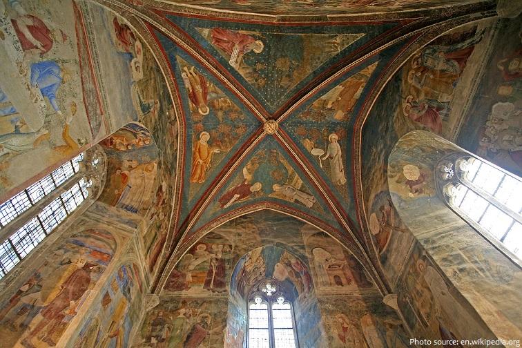 palais des papes saint jean chapel