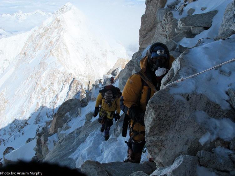 kangchenjunga-climbers-2