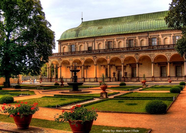 prague castle royal garden