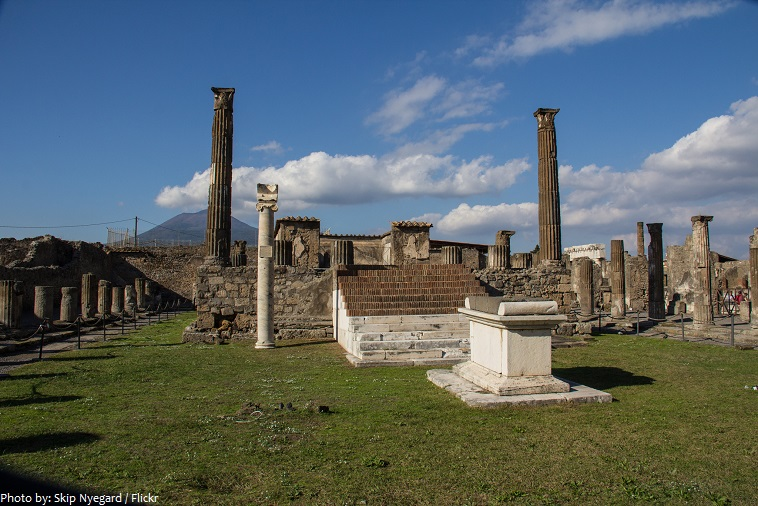 pompeii temple of apollo