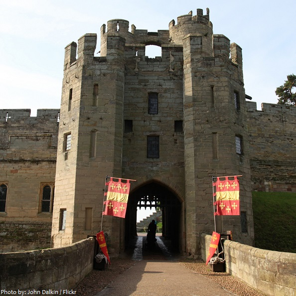 warwick castle gatehouse