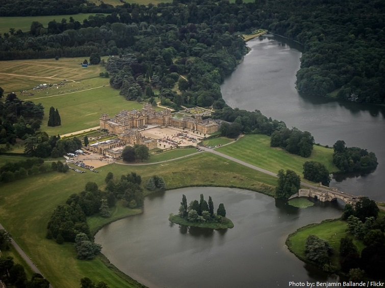 blenheim palace aerial