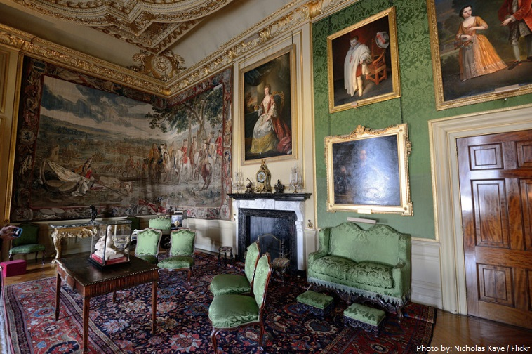 blenheim palace green writing room
