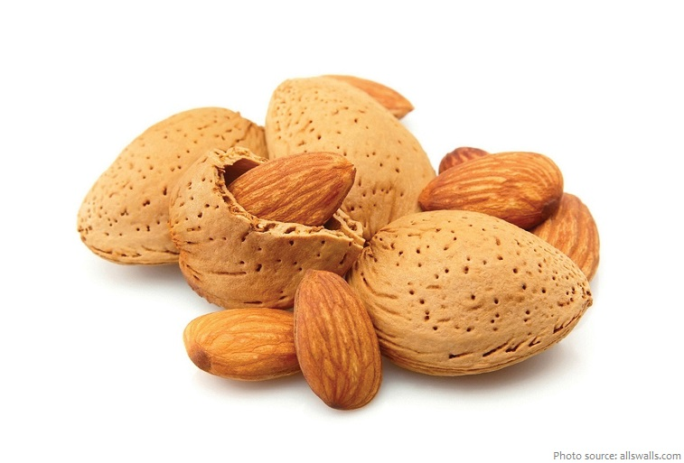almonds hull and seeds