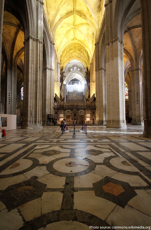 seville cathedral nave