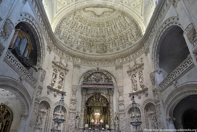 seville cathedral royal chapel