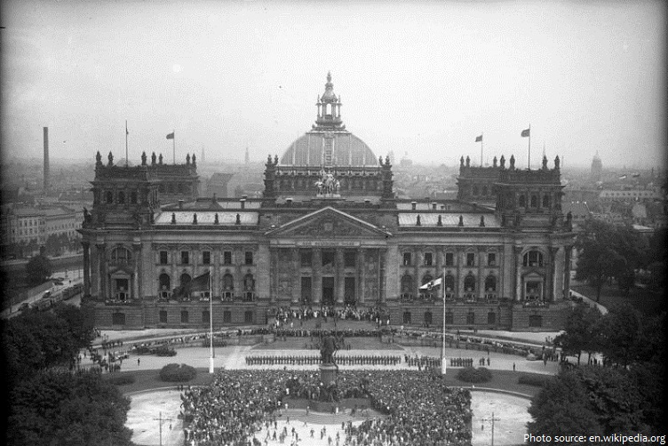 reichstag building in 1932