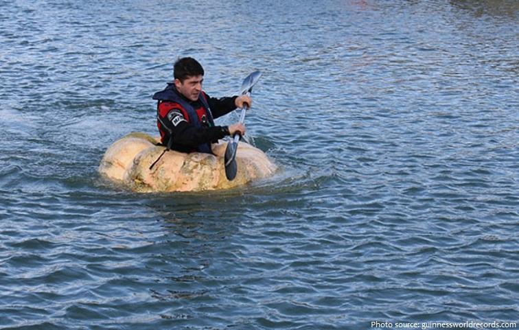 pumpkin boat