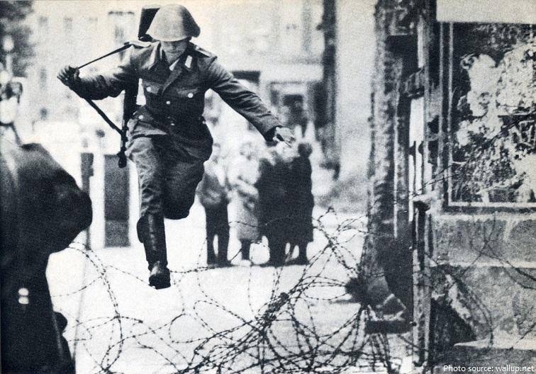 berlin wall escape