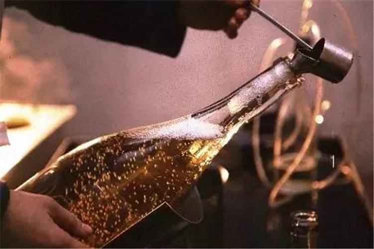 champagne fermentation
