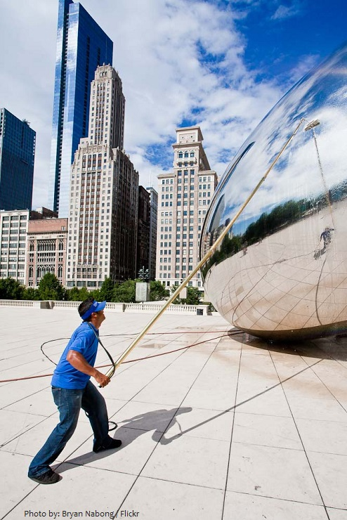 cloud gate cleaning