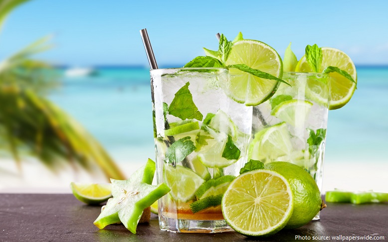 tropical cocktail mojito lime