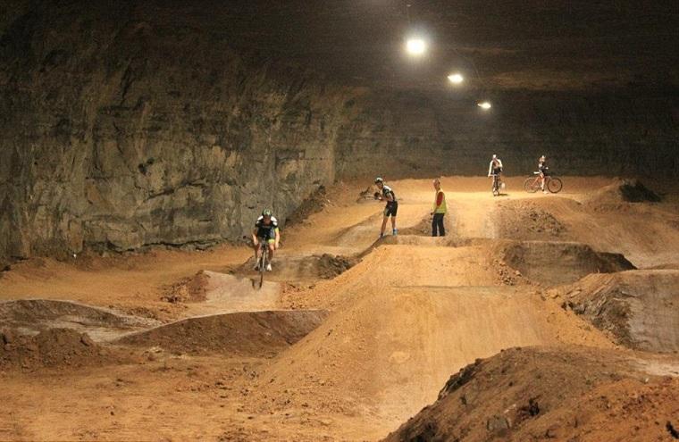 mega cavern louisville