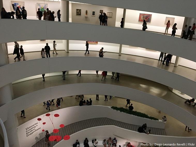 solomon-r-guggenheim-museum-interior-2
