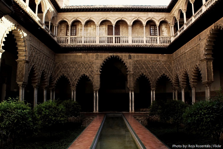 alcázar-of-seville-2