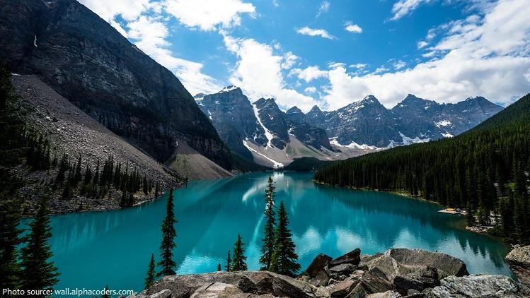 valley of the ten peaks