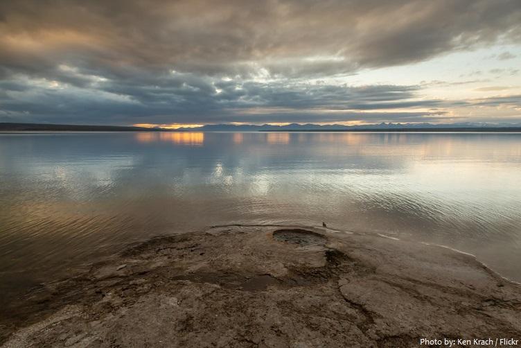 yellowstone-lake-5